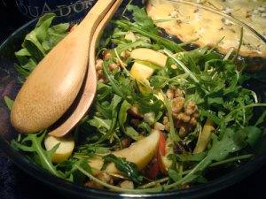 rucolasalat, salat, rucola, æbler, valnødder