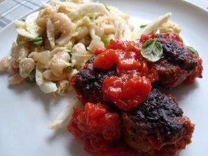 Fennikel-bønnesalat og italienske kødboller